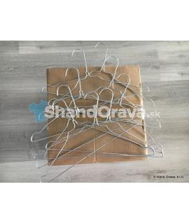 Hrubšie drôtené vešiaky 0,13 €/ks